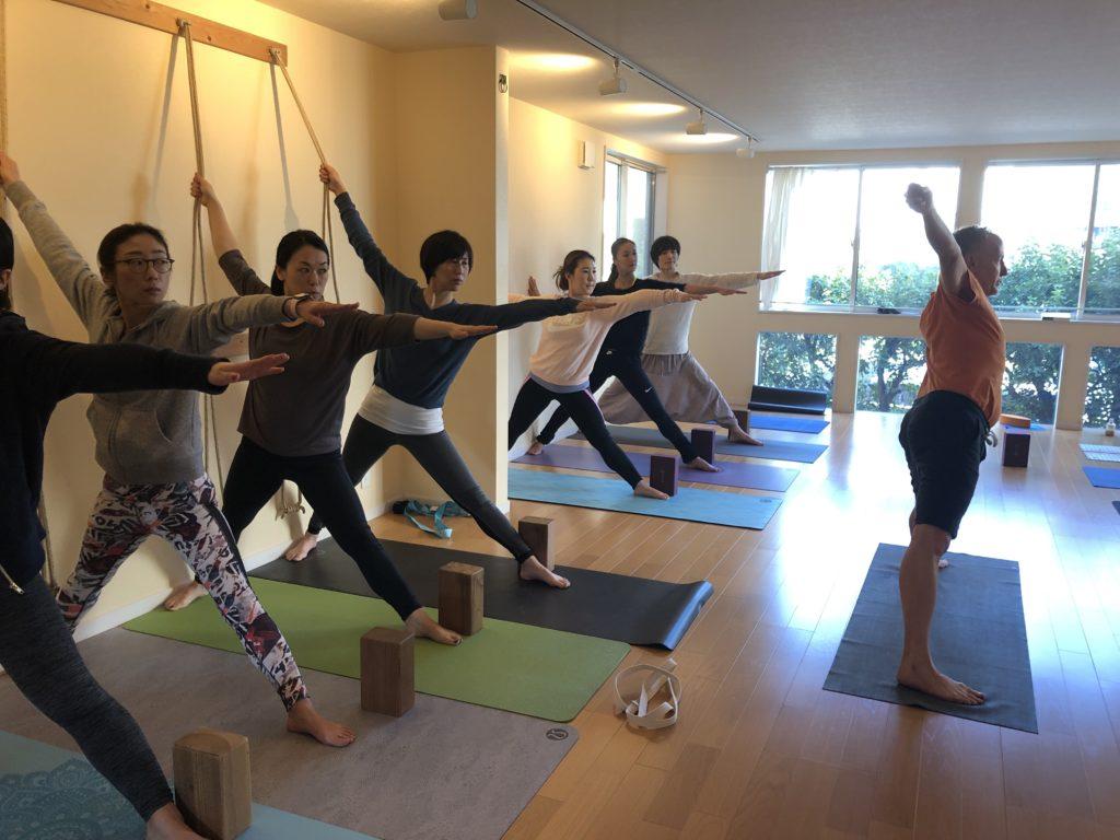 Iyenger yoga tokyo
